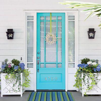 .: The Doors, Idea, Front Doors Colors, Blue Doors, Flowers Boxes, Beaches Houses, Planters, Porches, Turquoi Doors