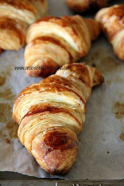 Ullallà, che sorpresa.  E si che di croissants in casa arabafelice  se ne fanno, e congelano, parecchi.  Pubblicati, in effetti, sol...