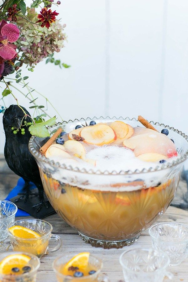 Here's a little cheers to fall, Halloween and the holidays! We're serving up a super easy and delicious sparkling spiked apple cider punch recipe that's perfect to make for Halloween, Thanksgiving or any fall party! The ingredients are simple and it's a punch that everyone will enjoy. We also love adding a festive ice ring...read more