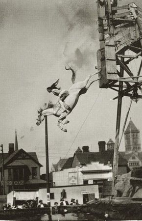 vintage everyday: Breathtaking Vintage Photos of Scary Circus Performances You May No Longer to be Seen