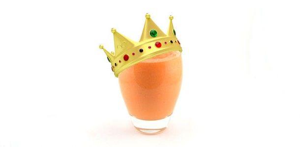 Wortel banaan ananas Koningssmoothie 300 gram wortelen 1 banaan, geschild 250 gram verse ananas 1 glas water