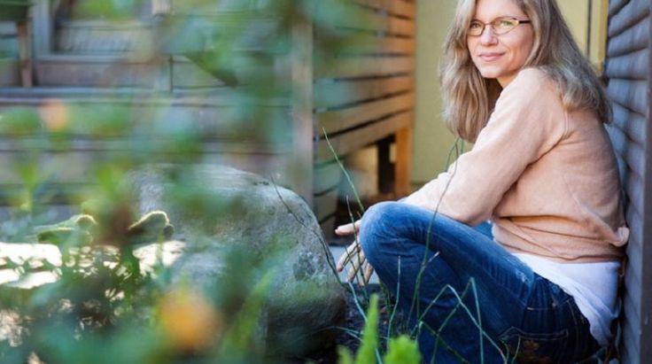 Сара Готфрид работает в Гарвардском Университете, она является доктором медицинских наук и гормональным экспертом. Сейчас мы расскажем вам, что по этому поводу думает такой специалист. За всю вою карьеру, разговаривая с пациентами или в Интернет-сообществах, я получаю одни и те же сообщения. В о