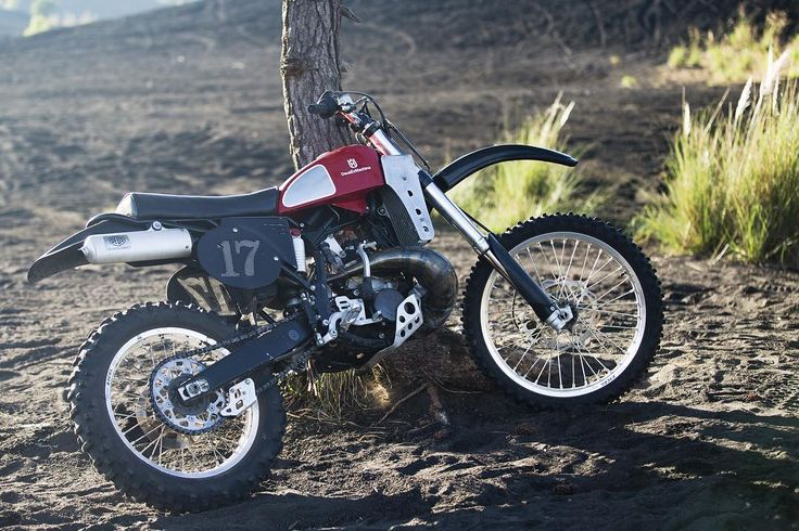 When it wasn't being pushed to within an inch of its life by @bengiese you could find the Deus Husky 250cc two-stroke leaning up against various objects, mainy due to the fact that Ben rode it so hard its kickstand came off somewhere around the base of a volcano.  Image by @tbhphoto  #membahfilm #deustemplebikes