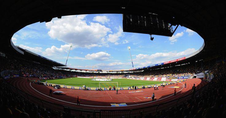 Aktuelle News zum Eintracht Braunschweig, Liveticker, Spielplan, Termine, Mannschaft, Bilder und Videos, sowie alle wichtigen Informationen und Gerüchte auf einen Blick  ✓