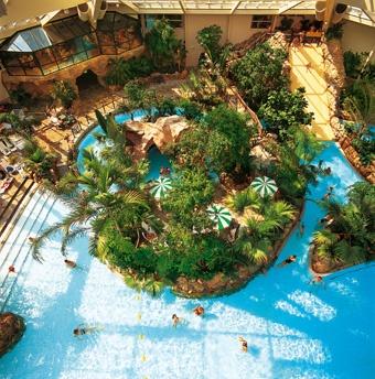 Zwembad Eemhof in Zeewolde  Eemhof Aqua Mundo | Center Parcs  Vakantie met subtropisch zwembad
