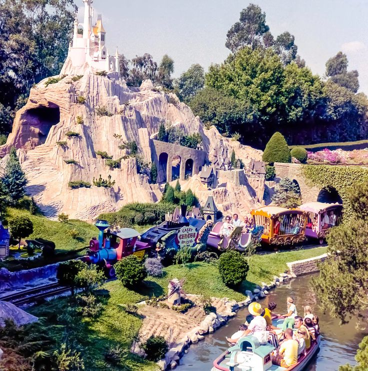 Daily Vintage Disneyland: Story Book Land & Casey Jr train ride (early Disneyland)