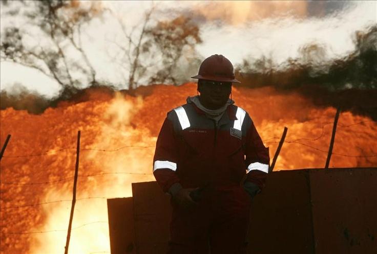 Petrolera argentina Pluspetrol negó haber causado contaminación en Perú La petrolera argentina Pluspetrol negó que sus operaciones hayan causado la contaminación de un río en Perú, cerca de la frontera con Ecuador.