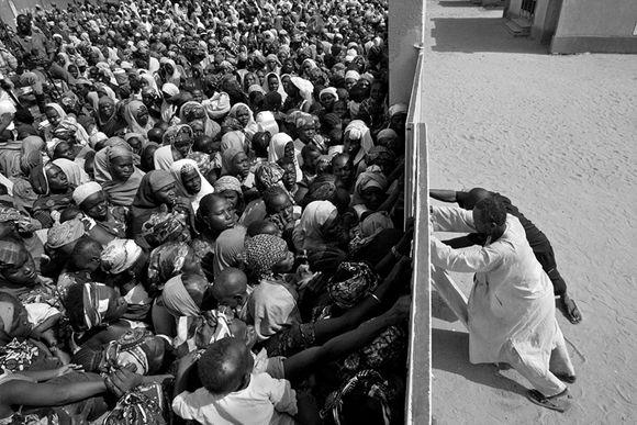 "Omar Vega, fotoperiodista estadounidense. ""Struggling to survive"". África"