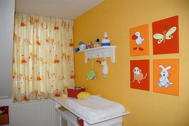 Babykamer Ideeen Rood : Oranje babykamer met oranje serie! Vrolijke ...