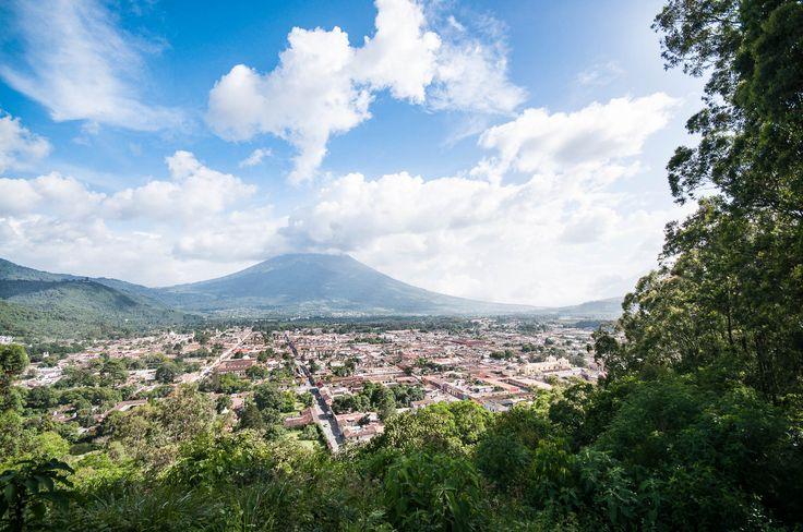 Visite de la belle Antigua et du volcan Pacaya au Guatemala. Idées pour organiser votre voyage.