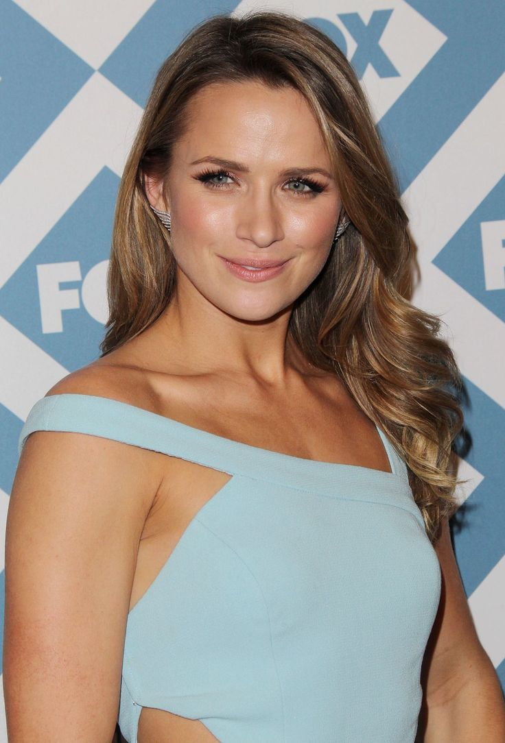 Shantel VanSanten At Fox All-Star Party Pasadena
