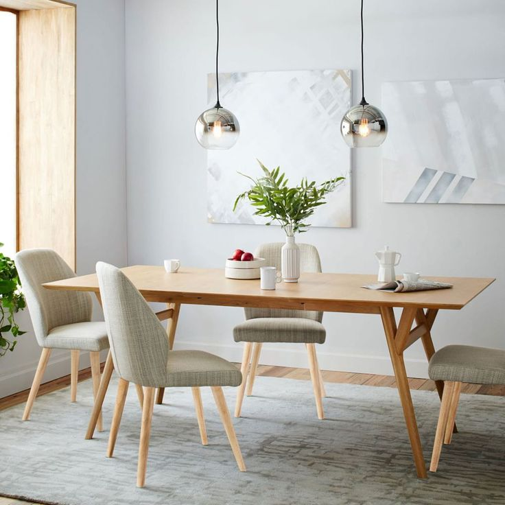 Mid-Century Expandable Dining Table - Oak