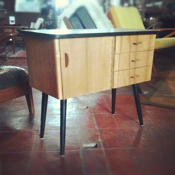 .@dannyhce | #vintagefurniture #interior #retro #70s #60s #furniture #midmoderncentury #ku... | Webstagram - the best Instagram viewer