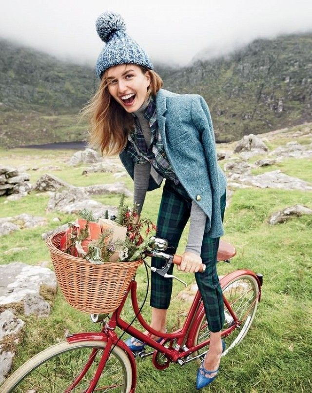 we re swooning over j crew s holiday shoot in ireland