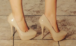 Nude shoes always save the day!