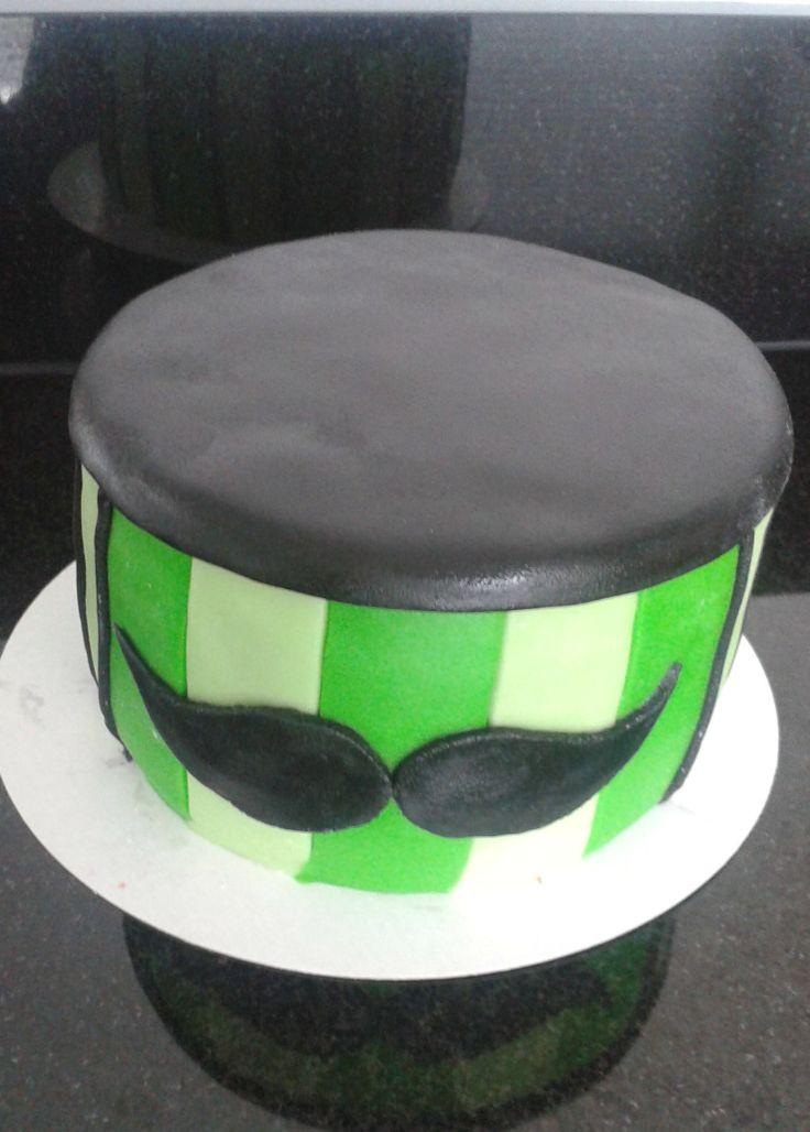 Moustache cake Snor taart http://www-taart-van-miranda.webklik.nl
