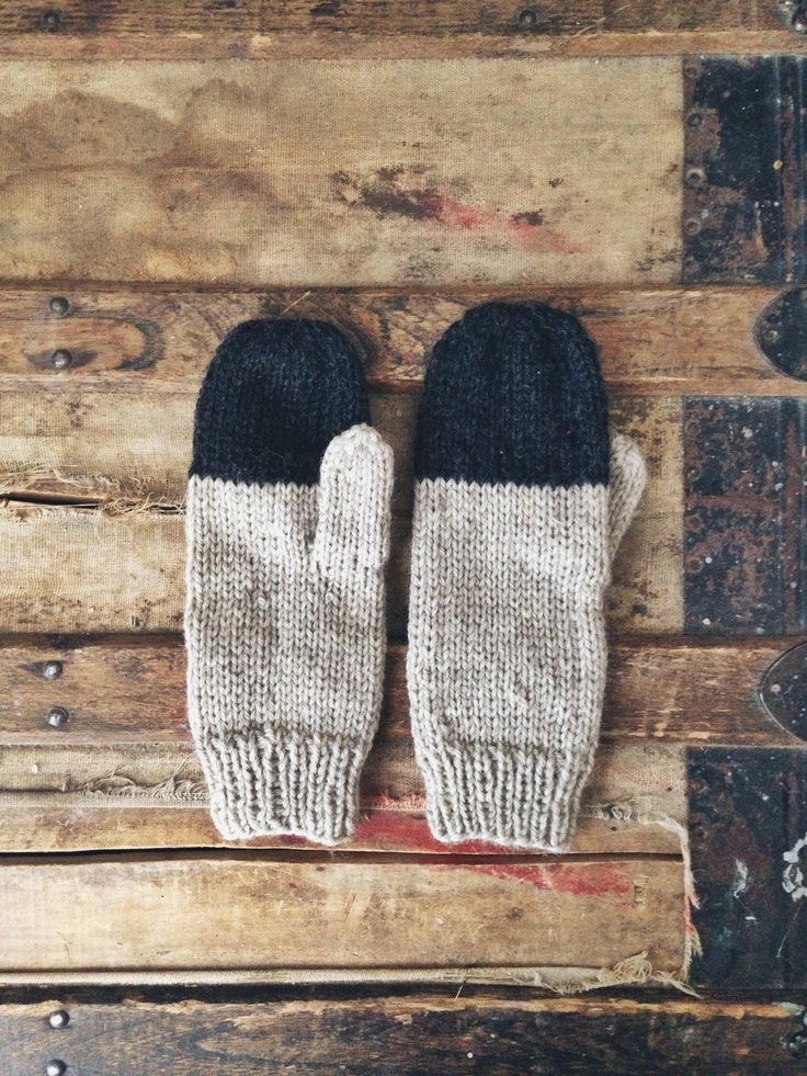 : : To knit : : Colorblock Mittens in Stag Rustic Handknit | Wholesome Handknits : :