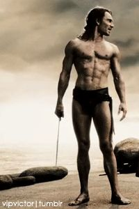 Stelios (Michael Fassbender) in 300. how is this even real