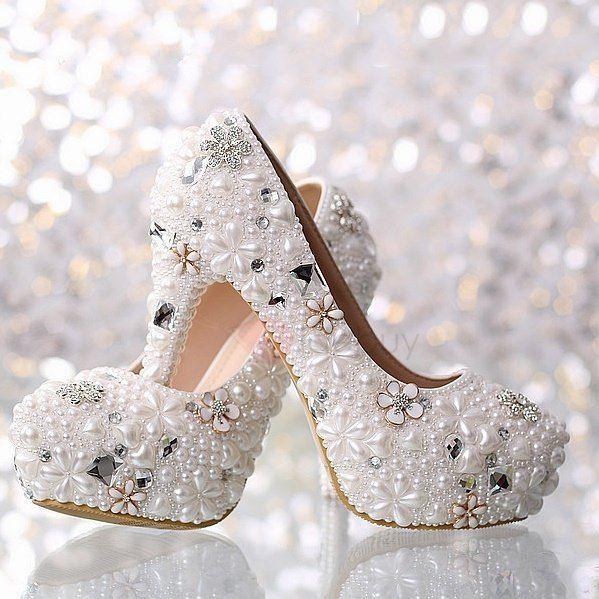 Hochzeitkleid#fashion#wedding#boots#Schuhe