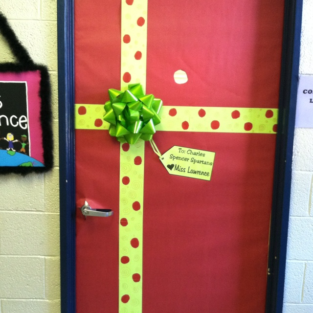 My classroom door ~ Christmas!