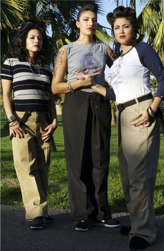 (Cholas) LMAO! I SHOULD DRESS LIKE THIS FOR HALLOWEEN AND SCARE MY NEIGHBORS! LET THEM SEE MY TRUE COLORS...HAHAAA