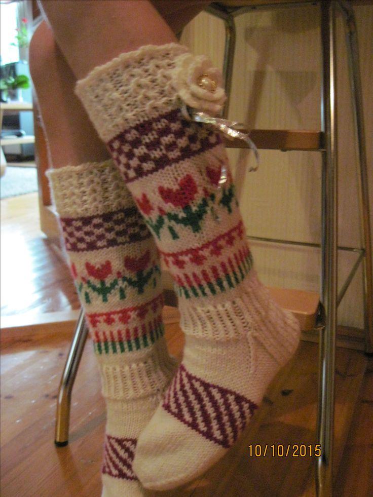 Tulip socks Tulppaani sukat
