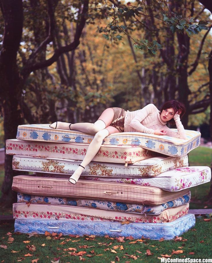 Tim Walker - Milla Jovovich                                                                                                                                                                                 More