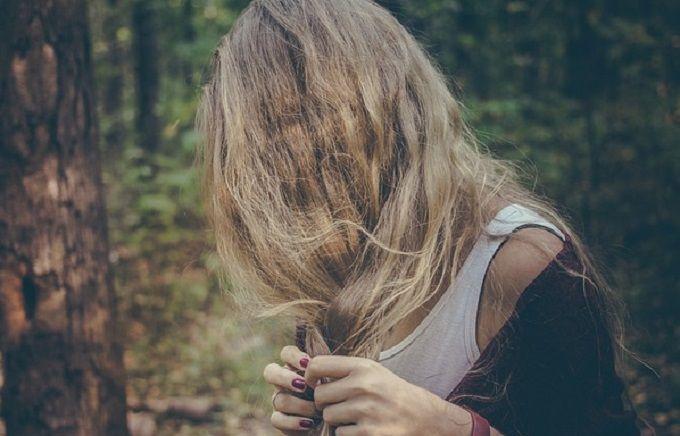 Le sérum de la chute des cheveux de la mamie agafi les rappels