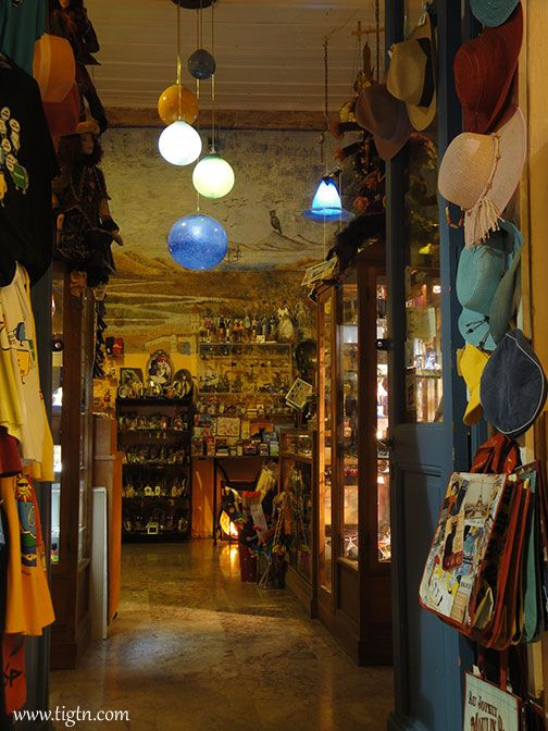 Karnagio souvenir shop in #Nafplio. There's a very interesting story concerning a wall painting revealed during the preparation works for opening the shop on Staikopoulou str. Ask the owners for the full story, or give us a little more time until we finish the page on it.