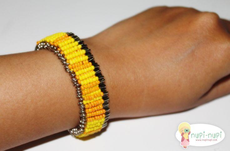Bracelet of a pin