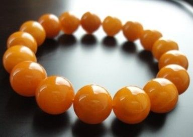 Cloudy amber bracelet