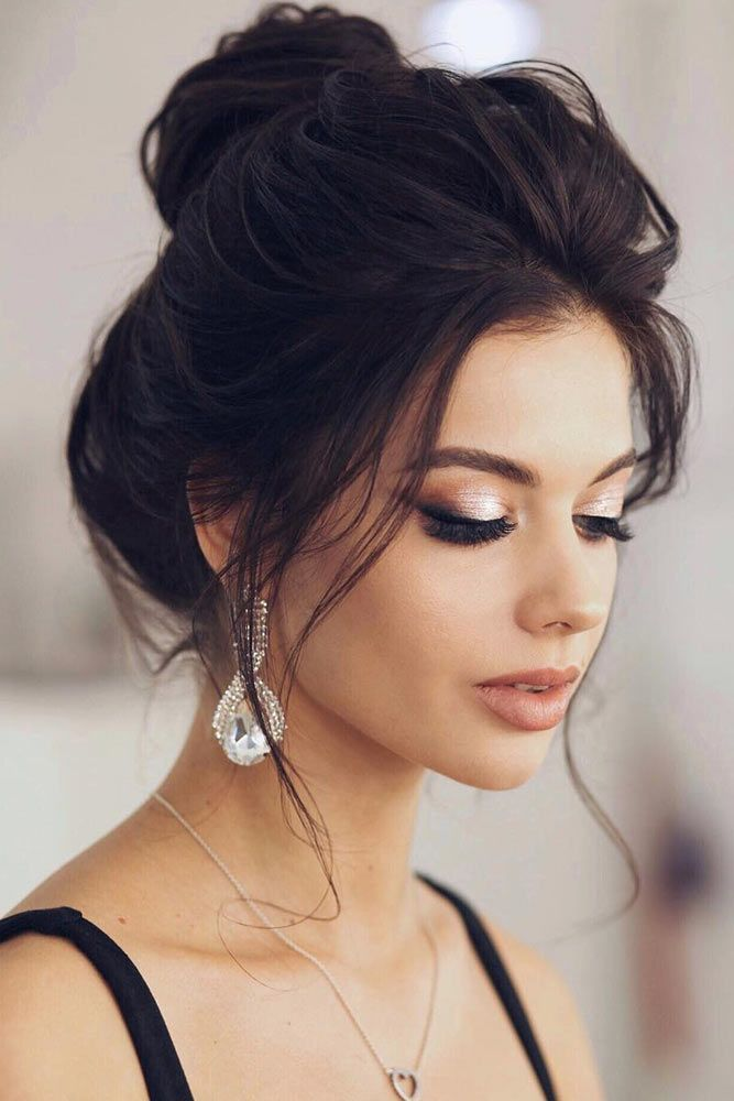 60 Sophisticated Prom Hair Updos Lovehairstyles Com Prom Hair Bun Hair Styles Long Hair Styles