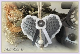 Atelier Valerie ♥: Een romantisch hartje inclusief haakpatroon