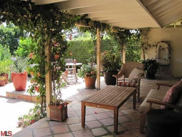 Limelight Listing   Ryan Reynoldsu0027 Hollywood Hills Home