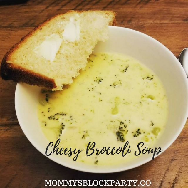 Mommy's Block Party: Cozy Comfort In a Bowl: Cheesy Broccoli Soup #Recipe