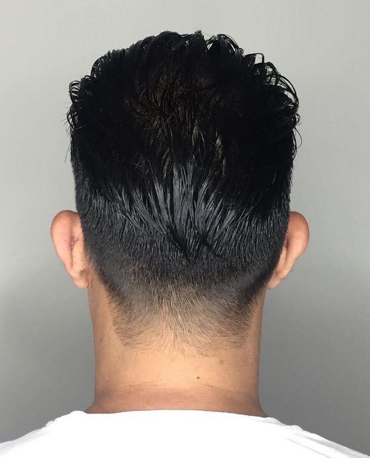 Barber Cut by Mischa at Sine Qua Non Salon in West Town. #iamsine #sinequanonsalon #sinequanonsalons #hairgoals #barbercuts #gentlemencuts #hairinspo #hairinspiration #westtownstylists #westtownsalons #chicagohair