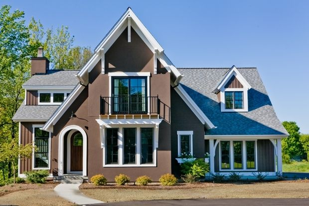 1000 images about 2015 howies best large traditional for Popular house plans 2015