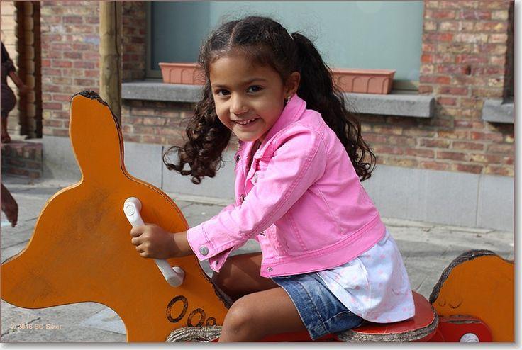 Foto in eerste schooldagen in de kleuterschool - Google Foto's