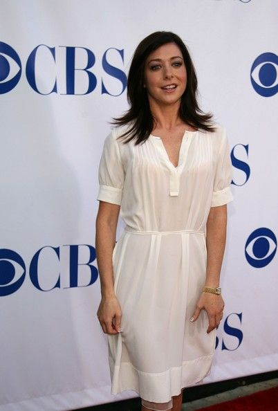 Alyson Hannigan Photos Photos - Actress Alyson Hannigan arrives at the CBS 2006 Summer TCA Party at the Rose Bowl on July 15, 2006 in Pasadena, California. - CBS 2006 Summer TCA Party