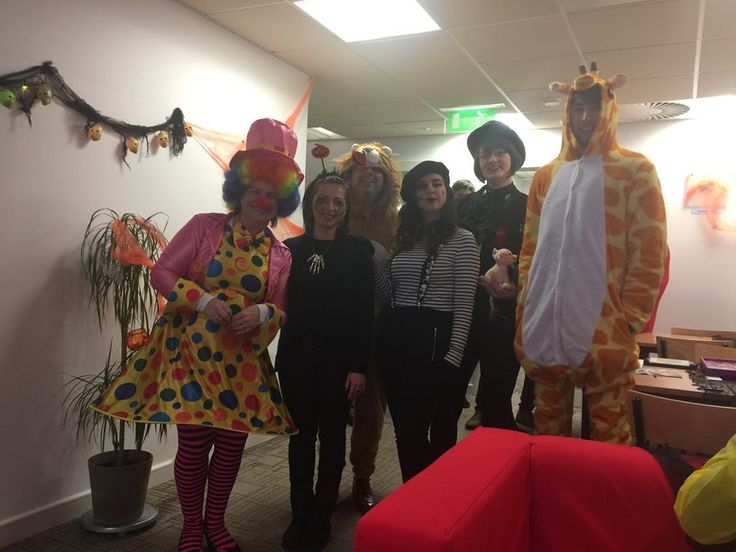 Vizor Software participates in Trick or Treat for Temple St. A fundraiser for children's charity.