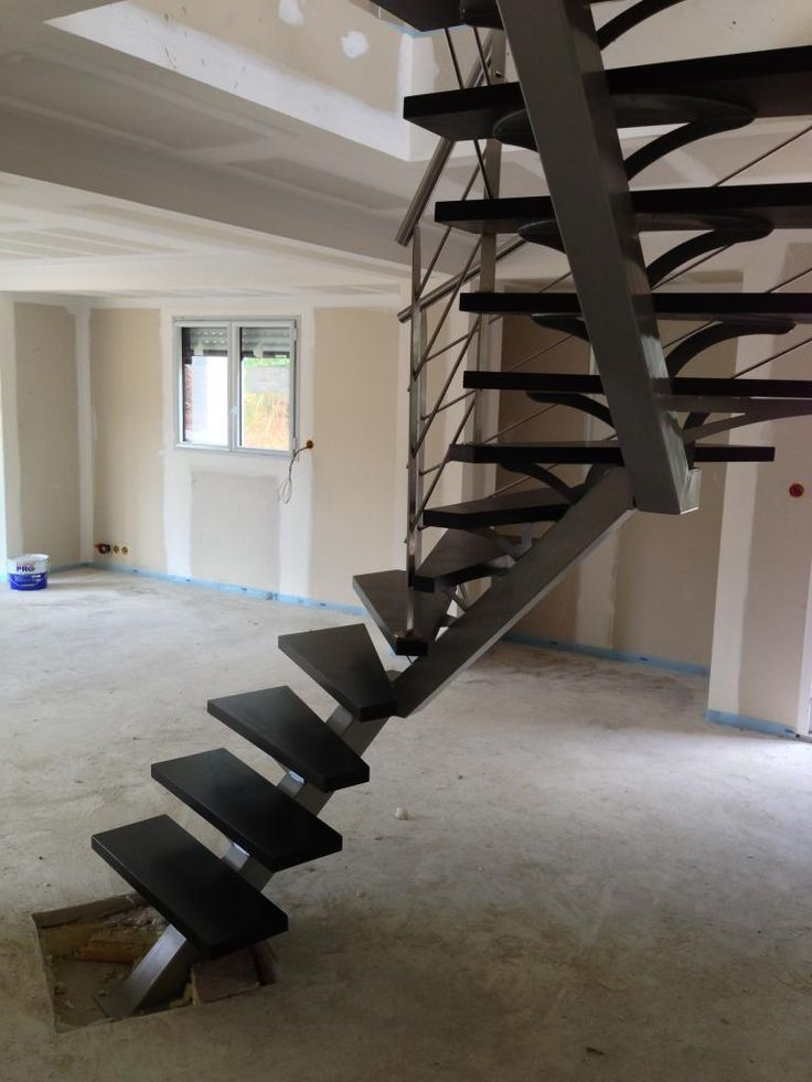 Meer dan 1000 idee n over escalier tournant op pinterest trappen d co entr - Tracer un escalier 2 quart tournant ...