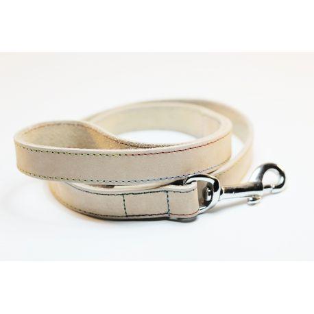 CORREA OASIS, #correa para perro en color beige. Fabricada en cuero suave y cierre cromado. http://bit.ly/1jFPb4P