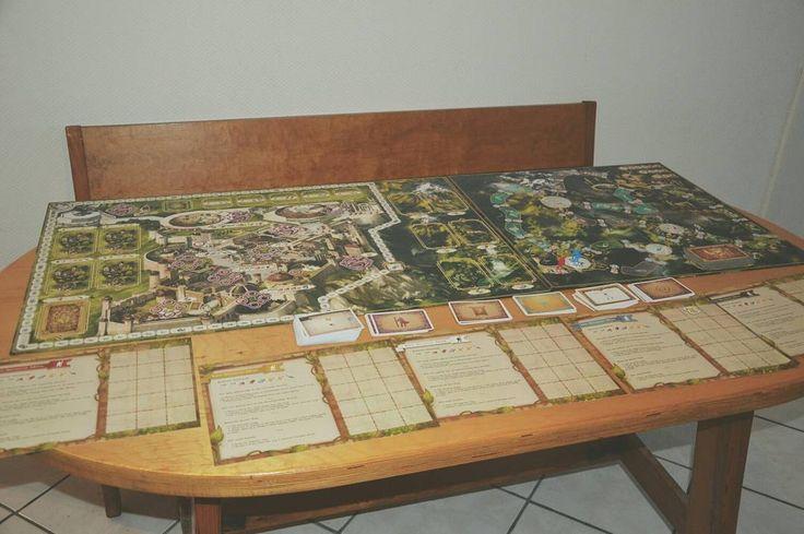 Michiel reviewde Call of the Dragonlord de uitbreiding op Simurgh en besloot meteen een nieuwe grotere tafel te kopen. #geekstercollection  #boardgames #callofthedragonlord #tabletop #simurgh #belgianblogger #review
