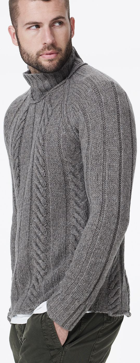 Cable Knit Sweater LBV