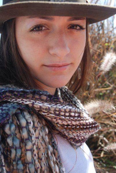 bufanda en tonos tierra