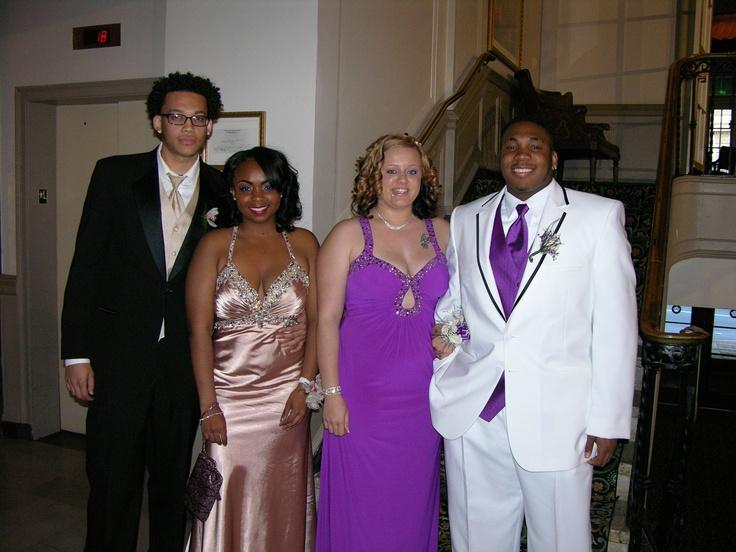Desmond Cooper, Meiziaha Taylor, Shalyne Egolf and Tramayne Towels before the Pottstown High School prom.