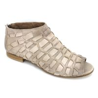 "Ron White April Peep-toe Beige Made of a ""ribbon weave antiqued nappa"", with a back zipper for easy entry, these leather lined shoes are great for spring, summer and fall."