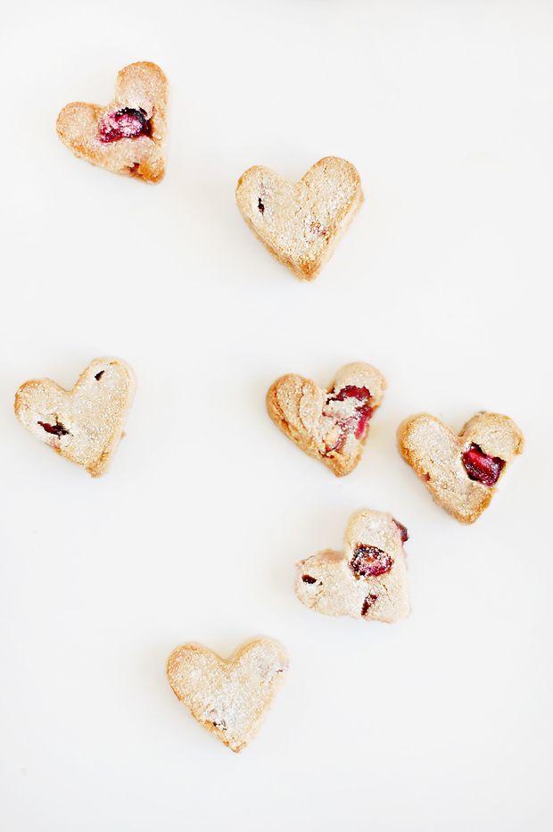 Dog Treats! Valentine's Day Cranberry Hearts | Pretty Fluffy