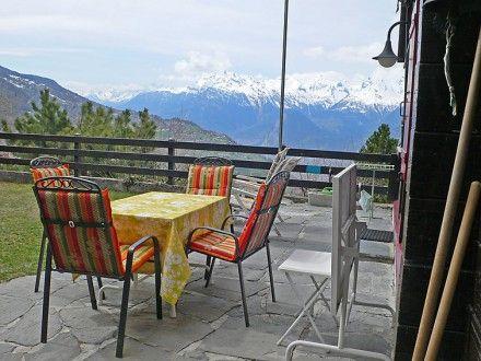 Buchbar als LAST-MINUTE-Angebot oder mit FRÜHBUCHER-Rabatt  Ferienhaus (Landhaus) La Tzoumaz für 9 Personen  Details zur #Unterkunft unter https://www.fewoanzeigen24.com/schweiz/wallis/1993-veysonnaz/Chalet-mieten/6061:78388468:0:mr2.html  #Holiday #Fewoportal #Urlaub #Reisen #Veysonnaz #Ferienhaus #Chalet #Schweiz #LastMinute #LastminuteAngebot #Frühbucher #Frühbucherrabatt