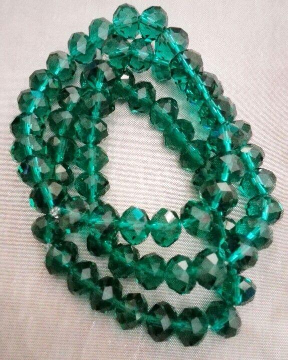Emerald green bracelet set